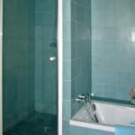 Badezimmer - Fliesen aus Zement