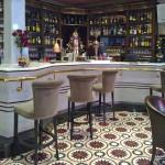 Zementfliesen im Pub
