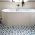 Grechische Stil des Badezimmer
