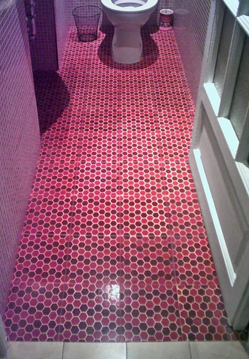 rosa fliesen aus spanien. Black Bedroom Furniture Sets. Home Design Ideas