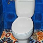 Bodenfliesen in der Toilette
